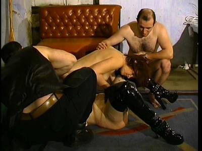 BDSM Natursekt für die Lesben