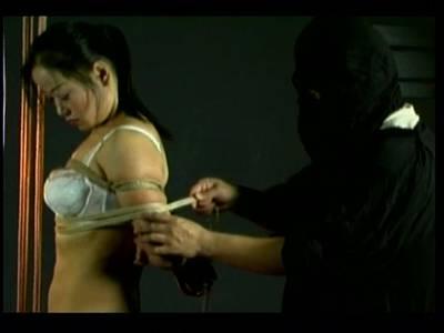 BDSM Sex mit einem Thai Luder in sexy Dessous
