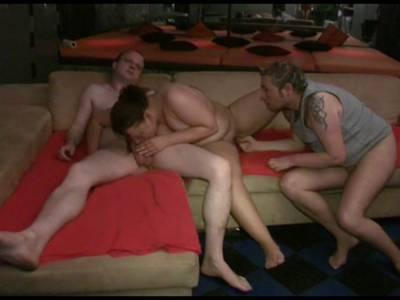 Geile Rubensfrau beim Gruppensex