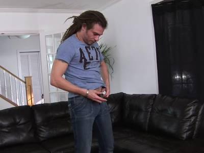 Geilen Gay Hengst pflegt seinen dicken Schwanz